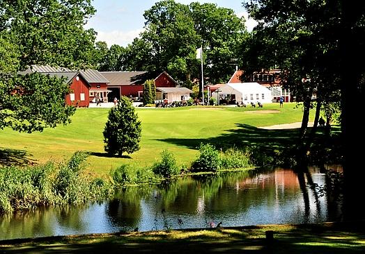 Ekarnas Golfklubb